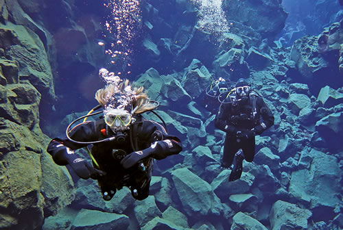 Lauren Valenti Diving in Iceland